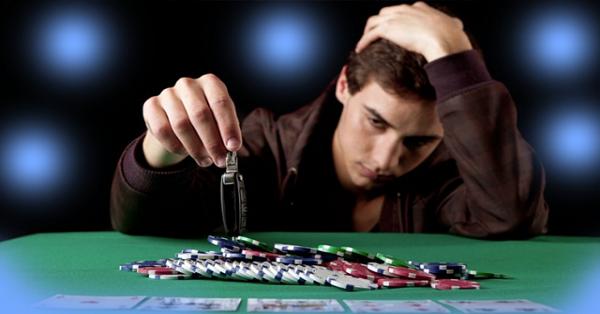 Poker Begitu Menggiurkan Sampai Anda Kehilangan Semua Uang Anda
