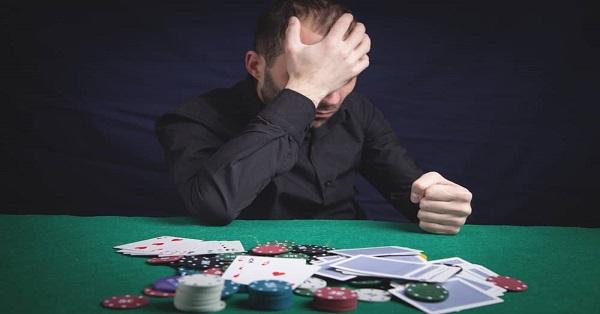 Bagaimana Menangani Kekalahan Terburuk Dalam Poker