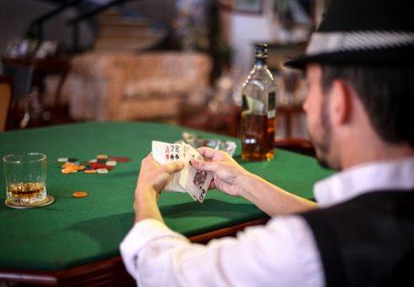 Top Public Figure Pengemar Permainan Poker